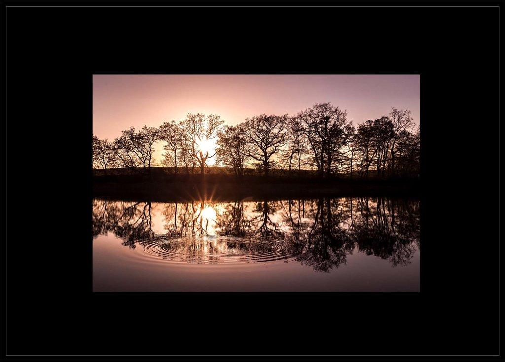 Ondes-positives-Etang-la-Generose-paysages-poetiques-couleur-50x70.jpg