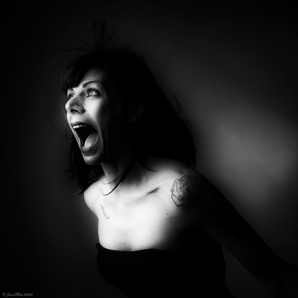 Melanie-Studio-Emotions-Peur-DSC00541-Modifier23-juin-2020.jpg
